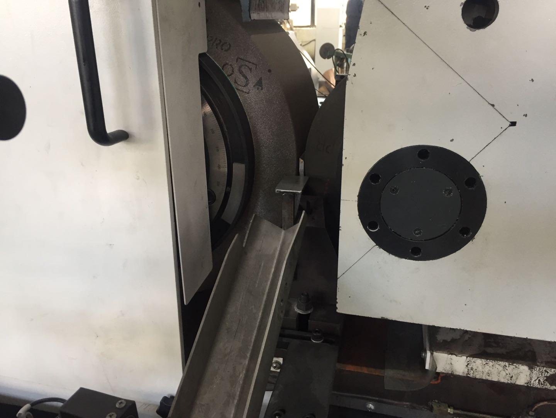 Stem grinding machine